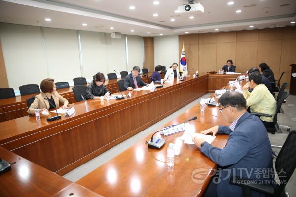 [크기변환]2019년 제1회 규제개혁위원회 (1).JPG